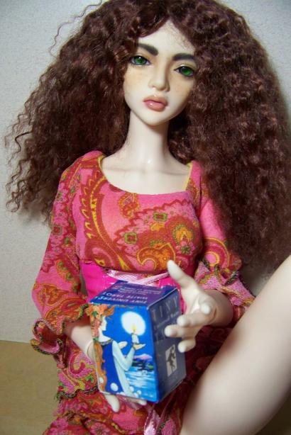 http://oddpla.net/blog/dolls/sarah/xmas/100_4976.JPG