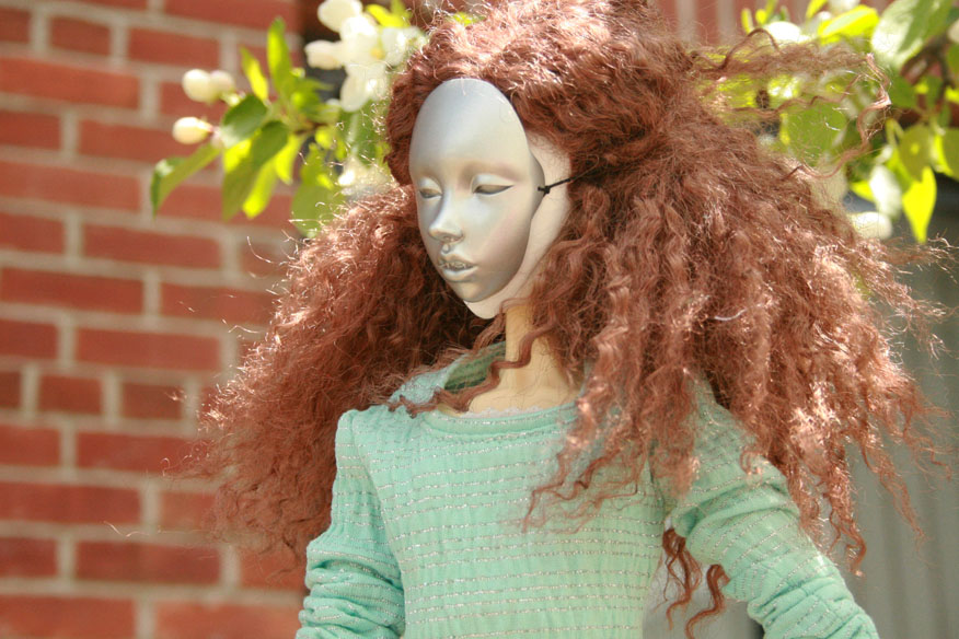 For a wig of unknown manufacture that someone gave me years ago, it looks pretty nice, especially when it blows in the breeze.